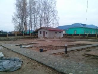 Благоустройство прилегающей территории в поселке Ратомка