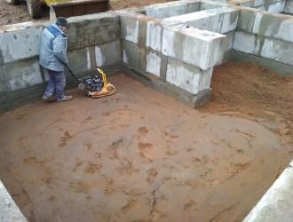 Устройство фундамента из железобетонных фундаментных блоков на объекте в г. Минск